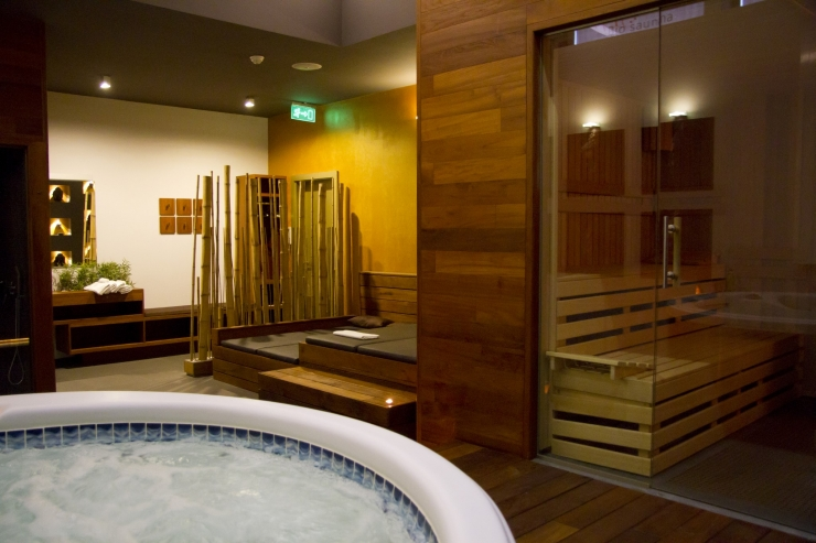 SPA1: Privat sauna + Whirlpool